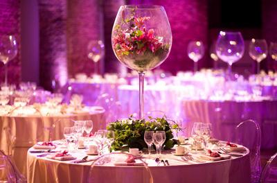 centro de mesa de copa de vino gigante
