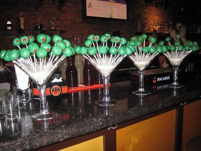centros de barra de copas de martini gigantes