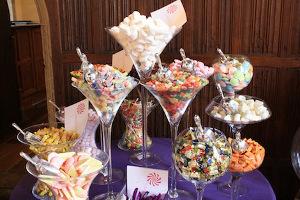 decoracion de bodas con copas de martini gigantes la caleñita