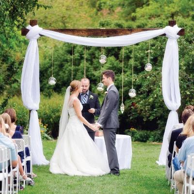 7 decoraciones con globos de cristal colgantes for Arreglos con globos para boda en jardin