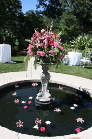 Decora con flores las fuentes de agua de la recepci n - Fuentes de agua decoracion ...