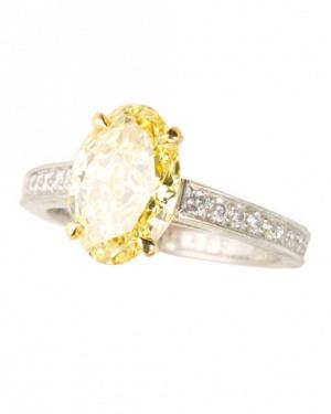 tendencia en anillos de compromiso 2013 diamantes amarillos fabrijoyas
