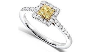 tendencia en anillos de compromiso diamantes amarillos fabrijoyas