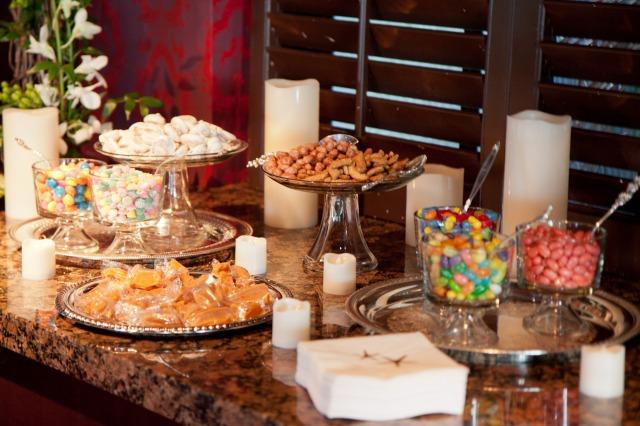 Mesa dulce con caramelos