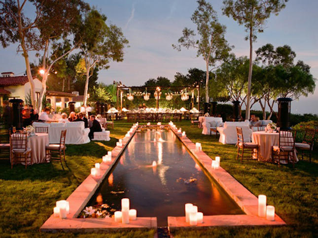 Decoraciones de piscinas para bodas for Piletas jardines decoracion