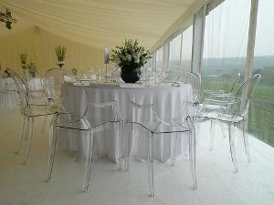 Tendencias en fiestas y eventos 2012 sillas transparentes for Sillas transparentes