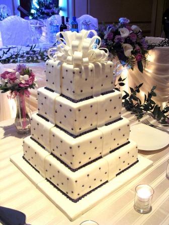 tortas de boda decorada con lunares