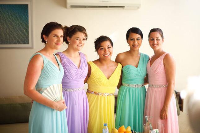 Vestidos de dama diferentes estilos