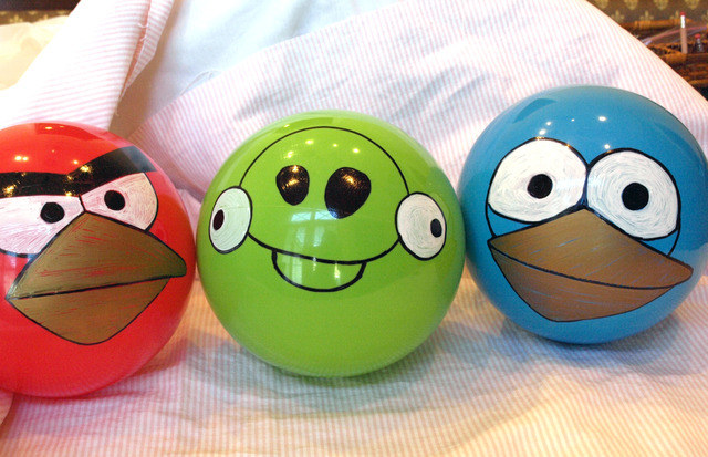 También puedes conseguir pelotas con estos colores, e igualmente ...