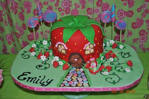 Como hacer una tarta de Rosita Fresita con Fondant - YouTube