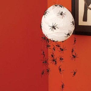 Decora con ara as pl sticas tu fiesta de halloween for Como hacer decoraciones de halloween