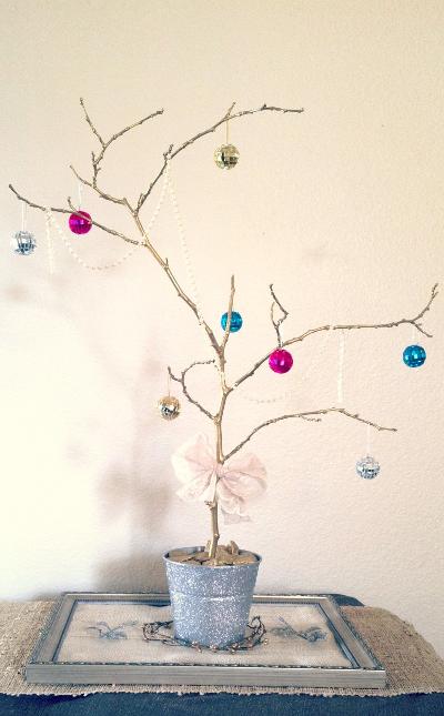 Centros de mesa navide os con ramas de rbol for Centro mesa navidad manualidades