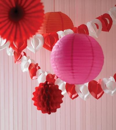 decoracion de amor y amistad rojo blanco y rosa