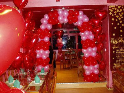 Tips para decorar una fiesta de amor y amistad for Decoracion de cuartos 14 de febrero
