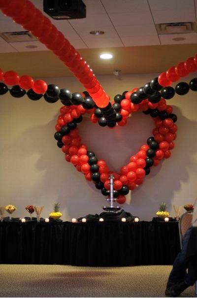 decoracion de amor y amistad rojo blanco y negro