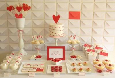decoracion de amor y amistad rojo y blanco