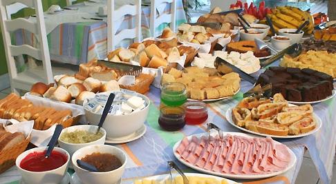 Desayuno como fiesta de cumplea os - Comidas para cumpleanos en casa ...