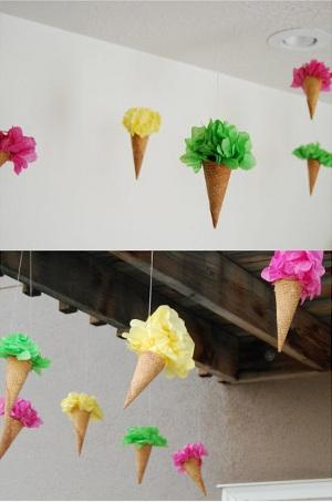 Decora con conos de helado for Ambientacion para navidad