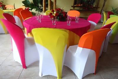 Opciones de fundas para decorar tus sillas - Alquiler de fundas de sillas para eventos ...