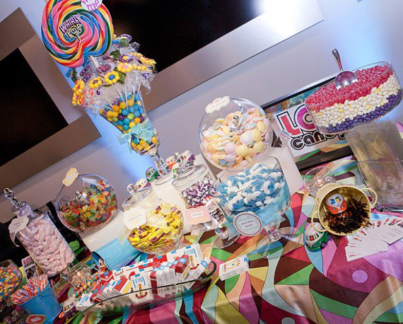 Arma una mesa dulce con golosinas vol 1 for Decoracion para mesa dulce