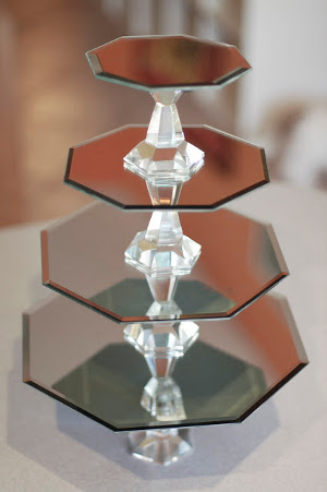 mesas de postres con cristaleria económica
