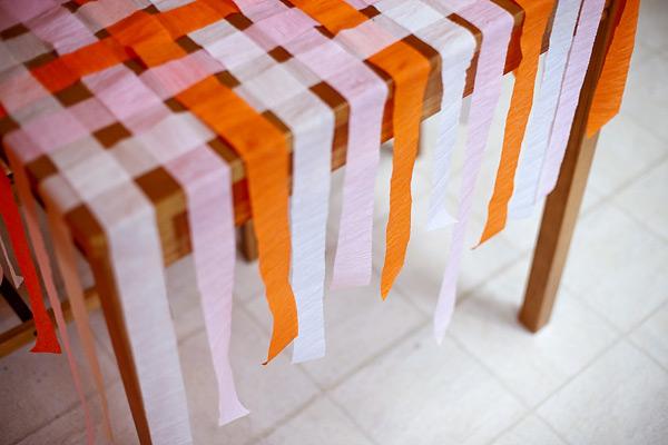 Decorando con serpentinas de papel crep - Cortinas de goma ...
