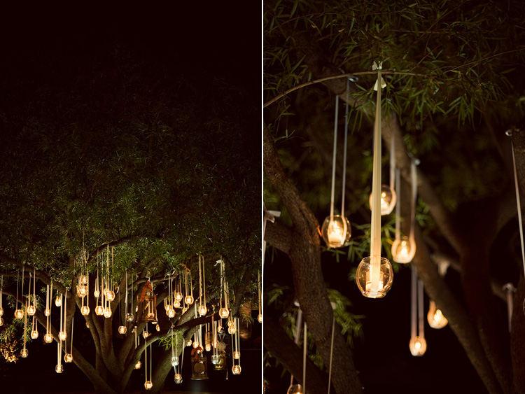 Decora colgando las velas for Iluminacion exterior para arboles