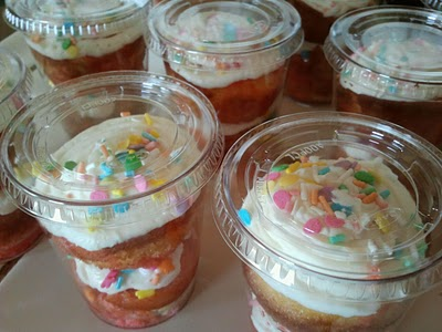 cmo servir una torta en la celebracin de una fiesta infantil sin que ls nis se ensucien ni hagan regueros una torta que sea fcil de llevar en la