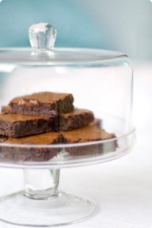 torta de brownies apilados
