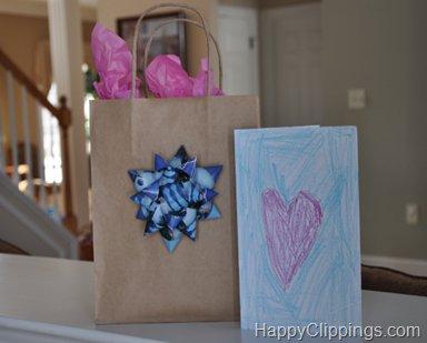 10 formas de adornar una bolsa de papel - Como decorar bolsas de papel ...